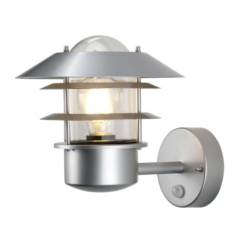24388 Pir Wall Lantern In Silver